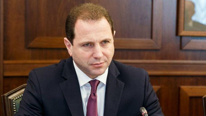 Министр обороны Армении подал в отставку