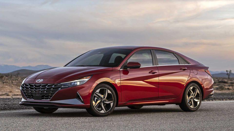 Hyundai показал новую Elantra для РФ