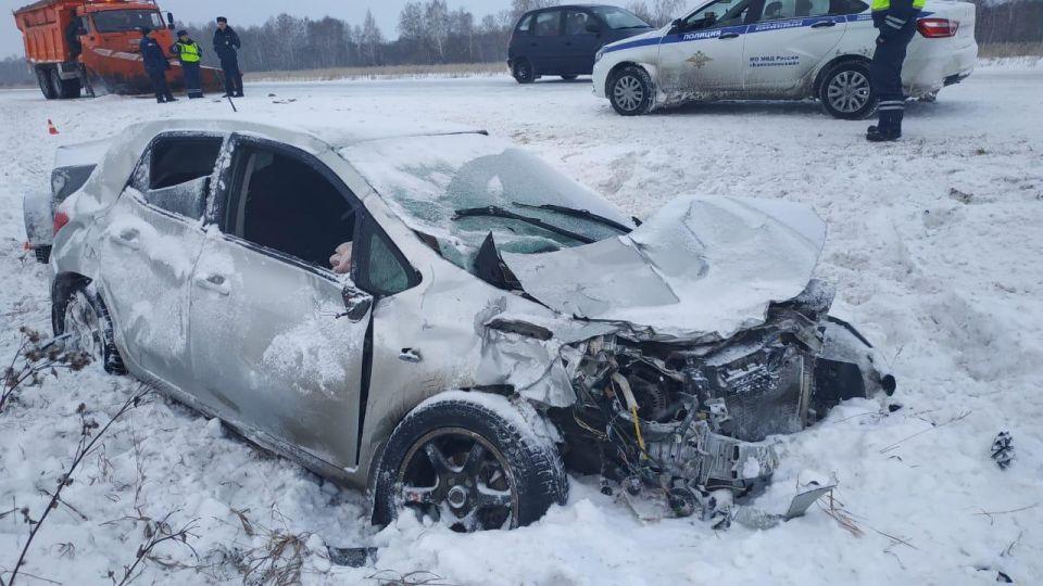 Перечислены типичные ошибки автомобилистов при езде по зимней трассе