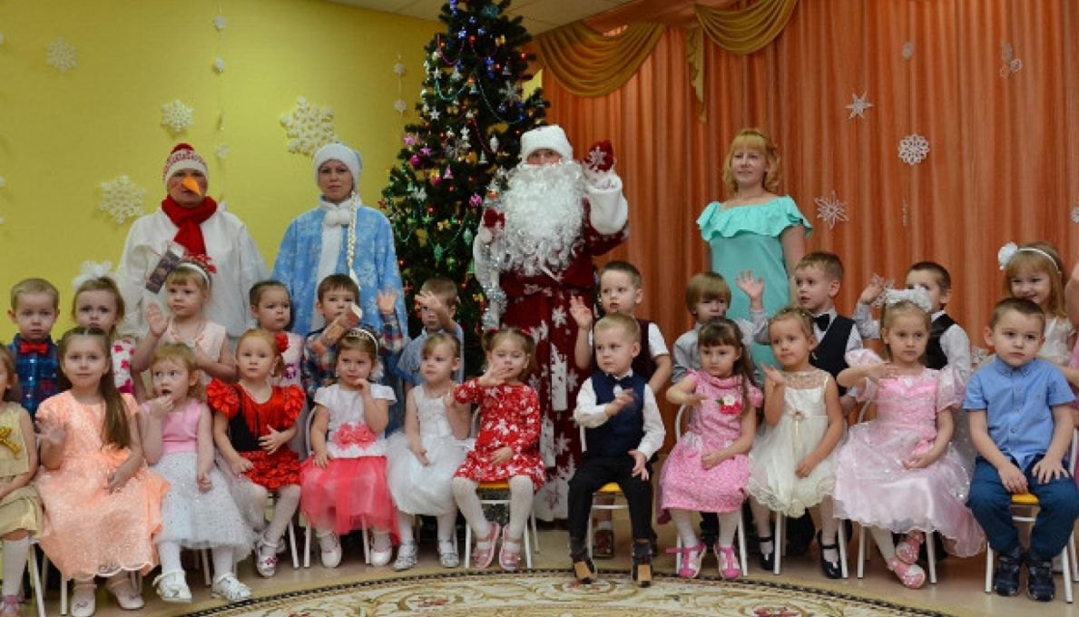Роспотребнадзор по РТ допустил отмену новогодних елок в детсадах и школах