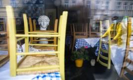 РБК: мэрия Москвы обсудила закрытие ресторанов и баров из-за COVID-19