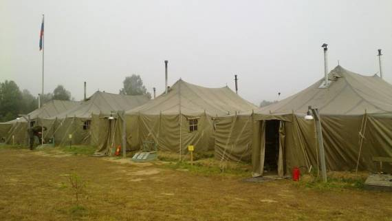 Полевой лагерь военных России на границе Армении и Карабаха показали на фото