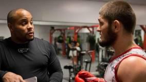 Кормье считает Хабиба величайшим бойцом в истории MMA