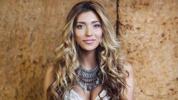 Регина Тодоренко рассказала о сложном характере мужа и балансе между семьей и работой