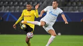 Семак прокомментировал раннюю замену Дзюбы в игре с «Боруссией»