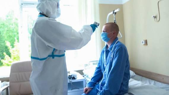 Разработчик вакцины от COVID-19 сообщил о коварности коронавируса