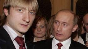 Плющенко пожелал Путину новых успехов в укреплении величия России