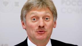Песков отверг обвинения в кампании Москвы против британской вакцины