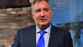 Рогозин назвал бессмысленной новую лунную гонку с США