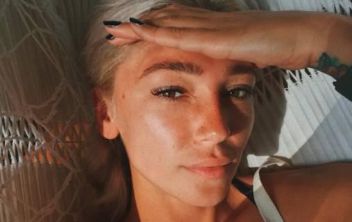 Элджей показал свое видение Насти Ивлеевой на фото в купальнике