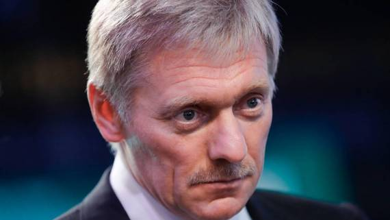 Песков: РФ продолжит помогать Украине решать проблему Донбасса, но вопрос Крыма не стоит