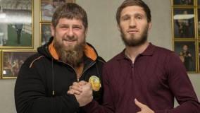 Кадыров подарил С. Нурмагомедову «Мерседес-Бенц»
