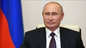 Путин поручил перевести массовые госуслуги в электронный формат к 2023 году