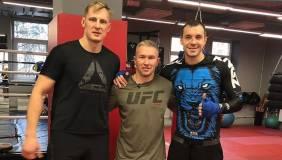 Дзюба поддержал Волкова перед боем на турнире UFC 254