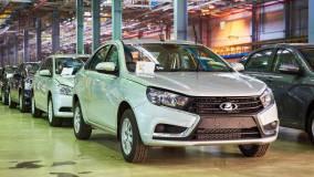 Lada вошла в пятерку самых отзываемых брендов автомобилей в России