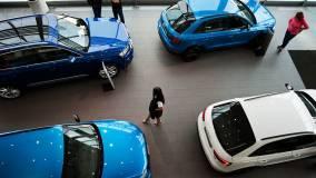 Россияне сметают автомобили на фоне роста цен