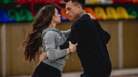 Тодоренко отреагировала на поцелуй мужа с фигуристкой Ильиных