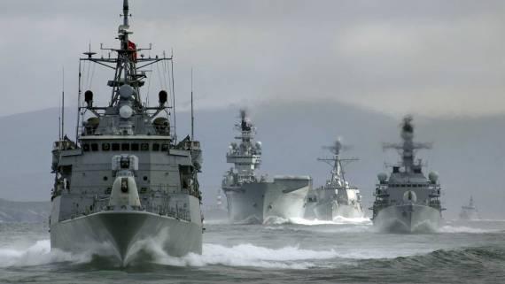 Группа военных кораблей НАТО вошла в Черное море