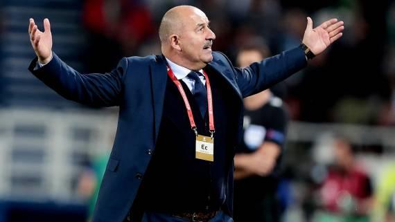 Черчесов: сборная России по футболу недобрала очков в матчах с венграми и турками