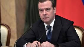 Медведев заявил о попытках НАТО ограничить деятельность России в Арктике