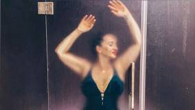 Анфиса Чехова показала пышную грудь в мокром купальнике и возбудила Сеть