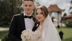 Младший сын Валерии впервые показал первое УЗИ беременной супруги