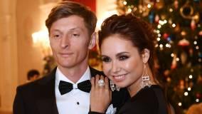 Вчера: Ляйсан Утяшева и Павел Воля впервые вышли в свет после слухов об измене артиста