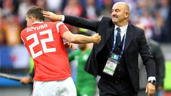 Геркус призвал ценить труд тренерского штаба сборной России по футболу