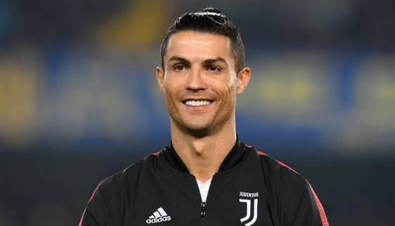 Албанская модель назвала Роналду самым привлекательным футболистом