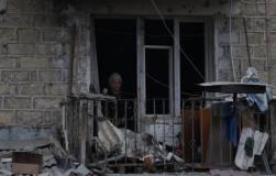 Путин призвал остановить боевые действия в Карабахе