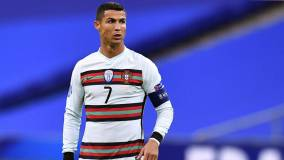 Федерация футбола Португалии подтвердила положительный тест Роналду на коронавирус