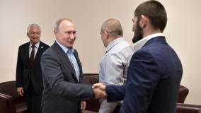 Владимир Путин пригласил Хабиба Нурмагомедова в Кремль