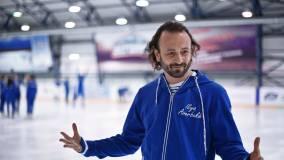 Илья Авербух показал, как его сын катается на коньках после 12-летнего перерыва
