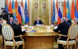 Песков заявил о нераспространении на Карабах обязательств по ОДКБ