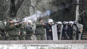 Песков: Москва заинтересована в стабилизации ситуации в Киргизии