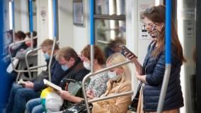 Песков заявил, что система борьбы с коронавирусом позволяет РФ избежать полного локдаун