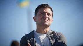 Зеленский пообещал провести опрос во время местных выборов
