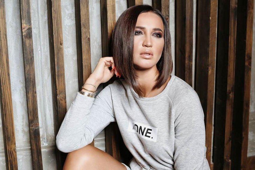 Певица Ольга Бузова призналась, что ей поступает много предложений о замужестве