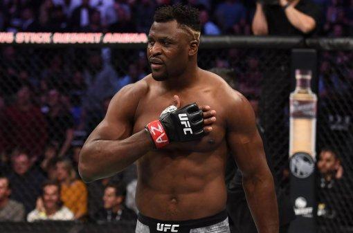 Тренер Атлас считает, что Фрэнсис Нганну проиграет Тайсону Фьюри в боксёрском бою