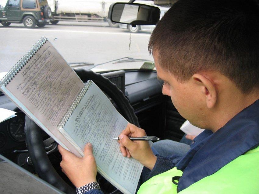 Сотрудники ГИБДД смогут с помощью приложения определять разыскиваемые авто