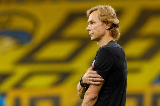 Тренер сборной России Карпин назвал игрока, похожего на него по характеру