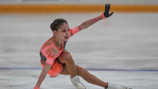 Россиянка Акатьева победила в короткой программе на этапе Гран-при среди юниоров в Гданьске