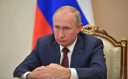 Президент России Владимир Путин примет рамочное решение по новым коронавирусным ограничениям