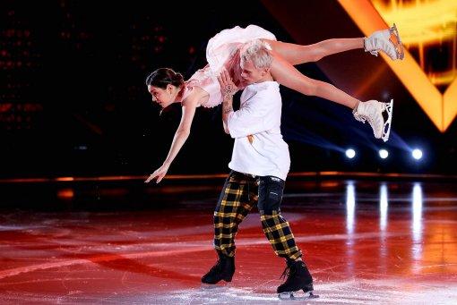 Шоу «Ледниковый период» стало десятым по популярности среди программ Первого канала за неделю