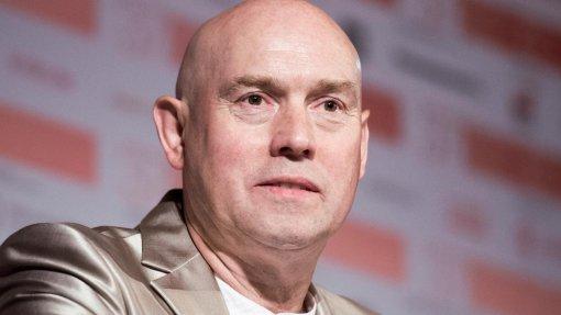 Актер Виктор Сухоруков сообщил о своем отношении к критике со стороны коллег