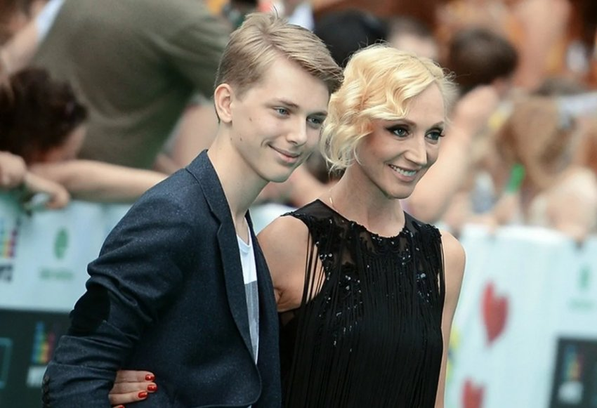 Сын Кристины Орбакайте Дени Байсаров назвал дату своей свадьбы