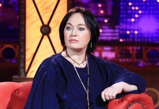 Телеведущая Лариса Гузеева матом обложила актрису Ирину Чеснокову на съёмках программы «Давай поженимся»