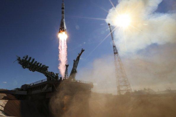 Корабль «Союз МС-19» с Юлией Пересильд и Климом Шипенко с трудом пристыковался к МКС