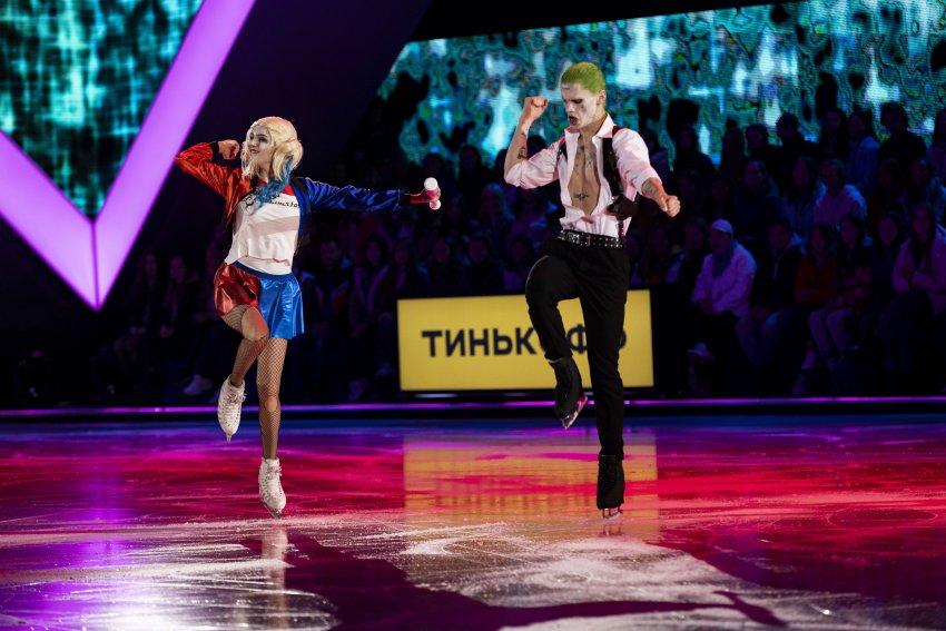 Евгения Медведева и Даня Милохин предстали в образах Джокера и Харли Квинн