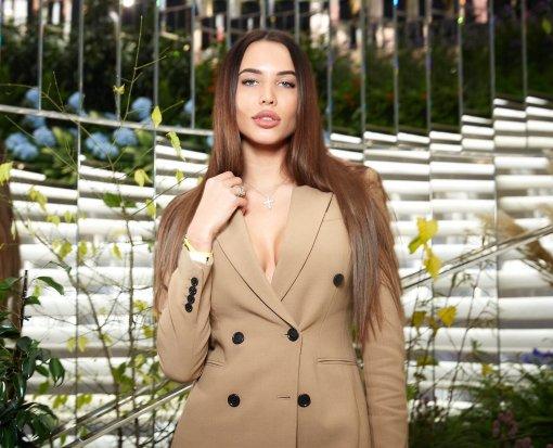 Блогер Лена Миро пророчит модели Анастасии Решетовой бедность